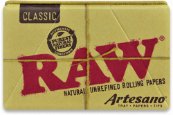 RAW Classic 1¼ Artesano Rolling Papers with Tips and Tray (15 Pack)
